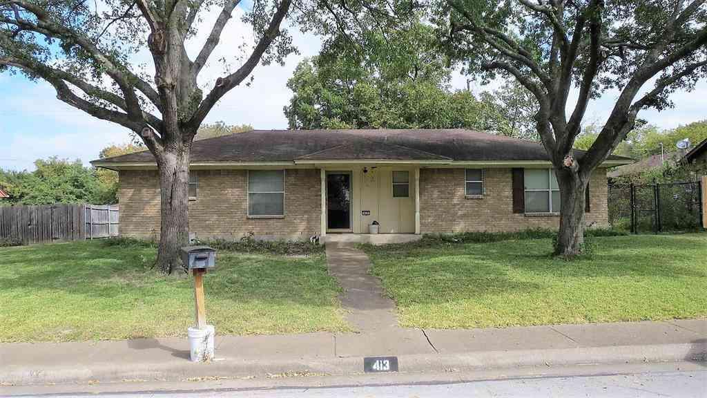 413 Stony Creek Drive, Desoto, TX, 75115,