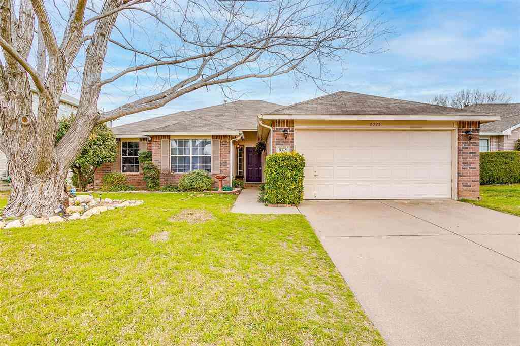 8325 Clearbrook, Fort Worth, TX, 76123,