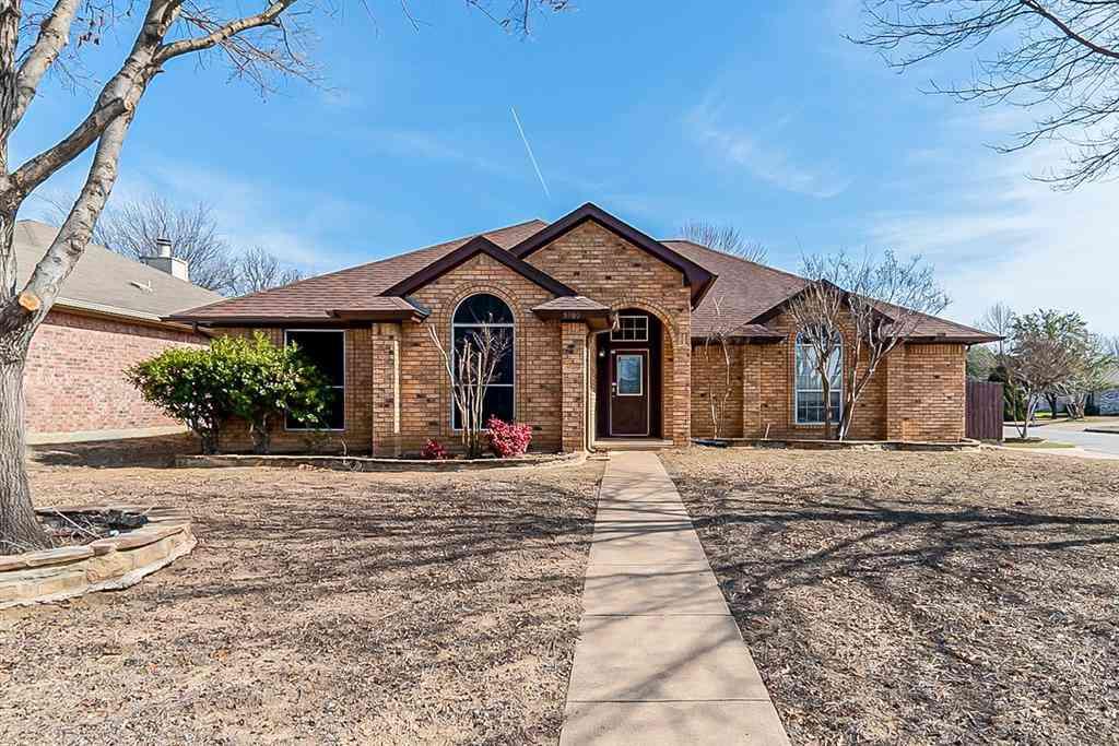 5900 Ravenya Street, Fort Worth, TX, 76179,