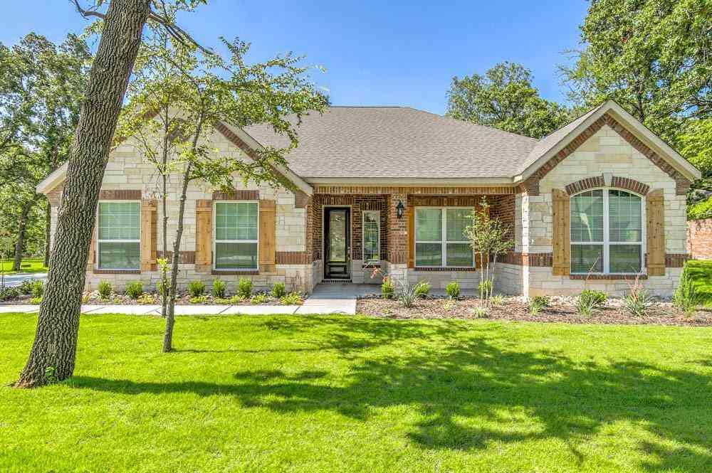 160 Spanish Oak Drive, Krugerville, TX, 76227,