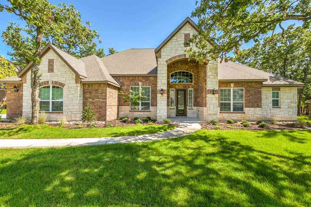 162 Spanish Oak Drive, Krugerville, TX, 76227,