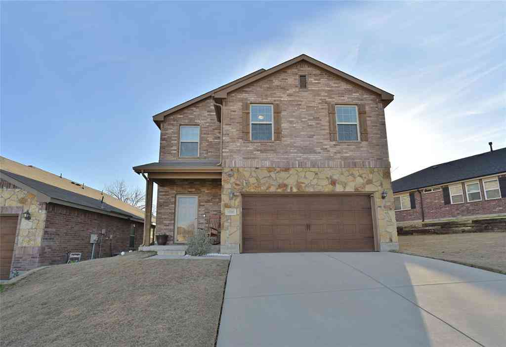 10205 Blue Bell Drive, Fort Worth, TX, 76108,