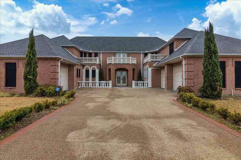 3008 Troon Road, Ennis, TX, 75119,