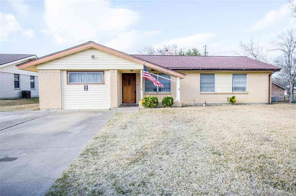 702 Phillips Drive, Ennis, TX, 75119,