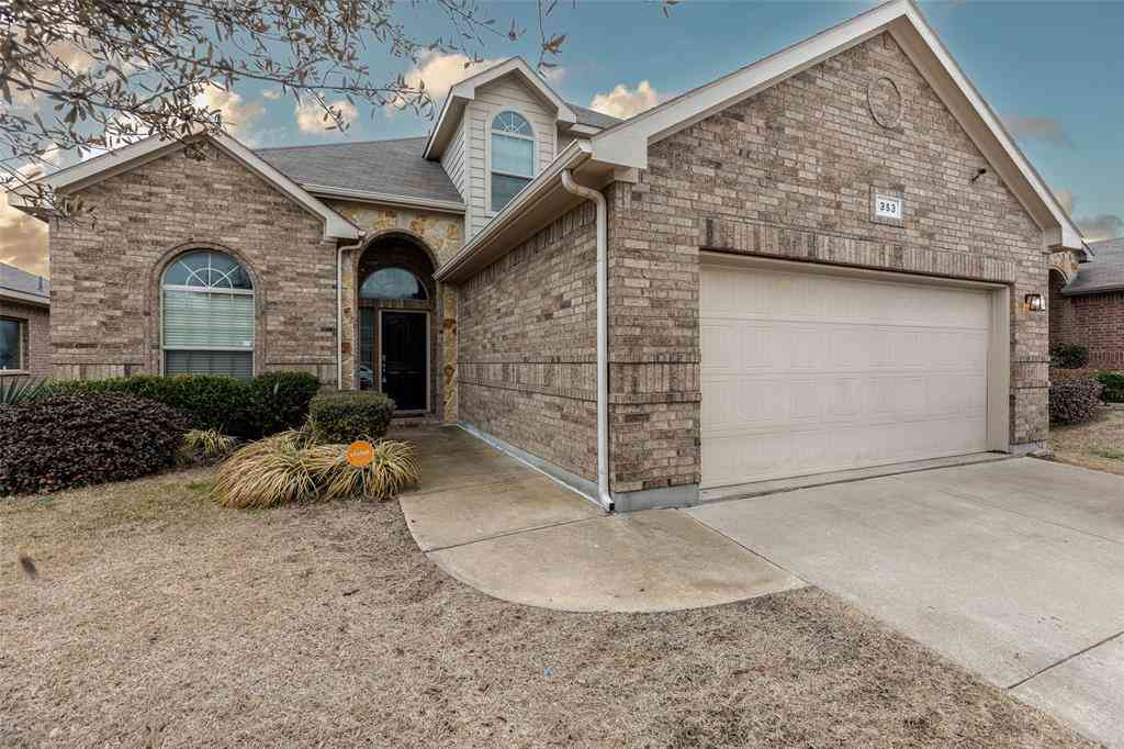 353 Branding Iron Trail, Fort Worth, TX, 76131,