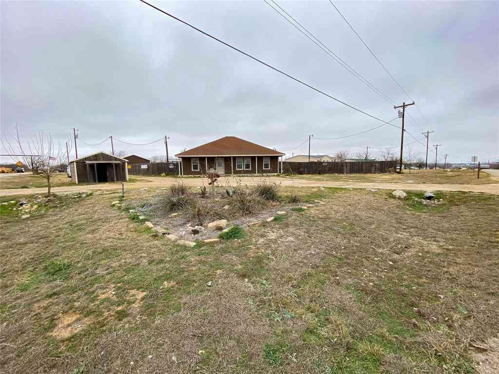 9101 Giant Drive, Joshua, TX, 76058,