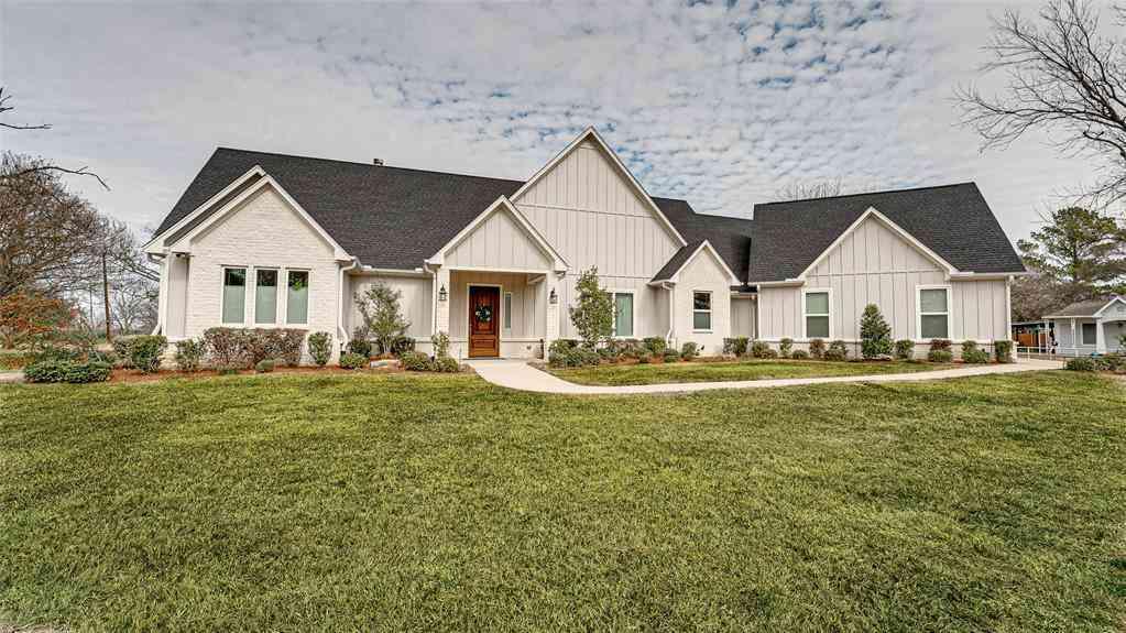 302 W Pyle Street, Kaufman, TX, 75142,