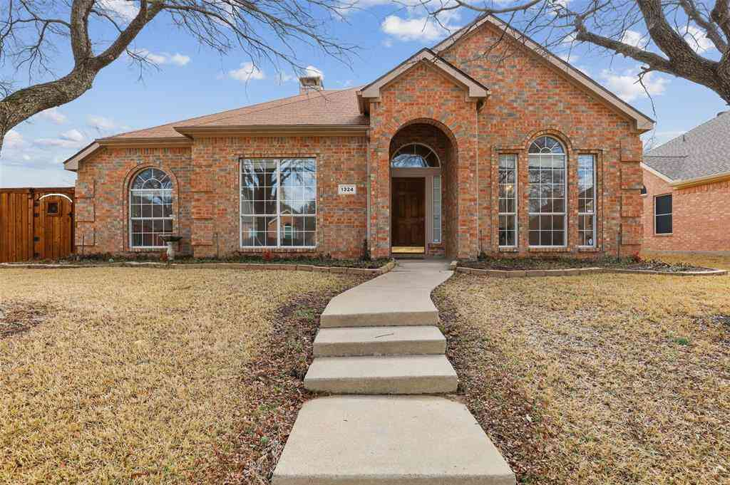 1324 Colby Drive, Lewisville, TX, 75067,