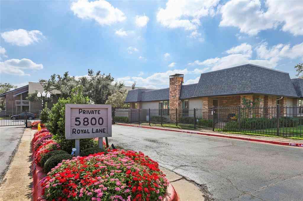 10747 Park Village Place #D, Dallas, TX, 75230,