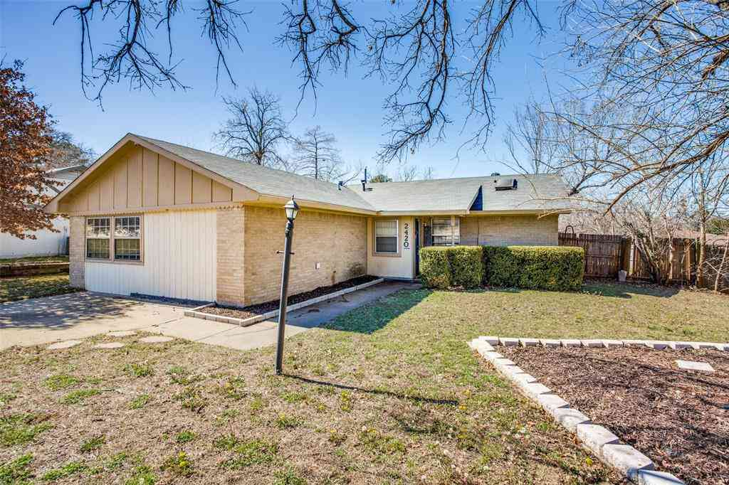 2420 Jewell Drive, Arlington, TX, 76016,