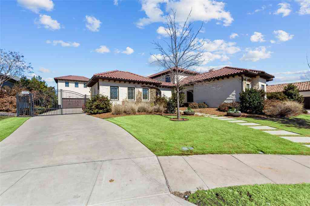 3812 Bishops Flower Road, Fort Worth, TX, 76109,