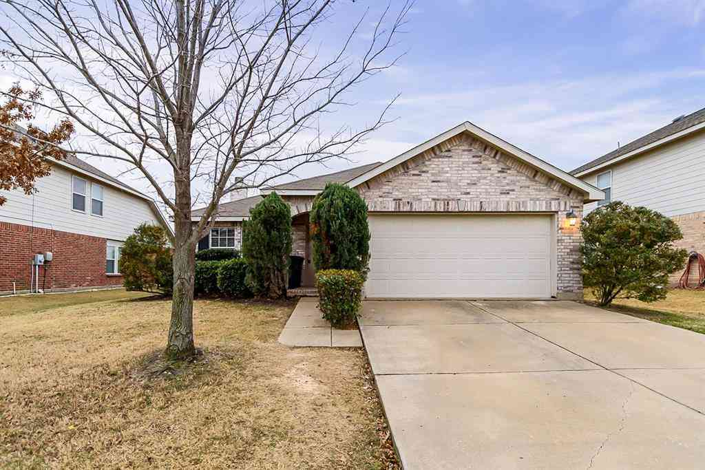 4652 Pangolin Drive, Fort Worth, TX, 76244,