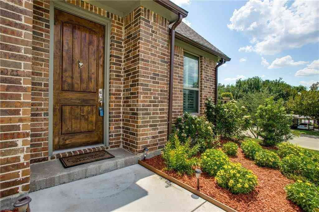 5137 Curzon Avenue, Fort Worth, TX, 76107,