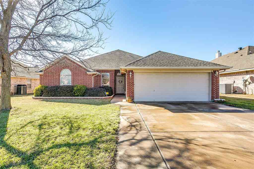 220 Bar Wood Drive, Saginaw, TX, 76179,