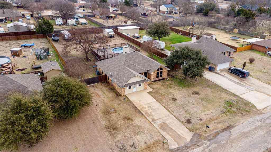 416 Sunflower Street, Red Oak, TX, 75154,