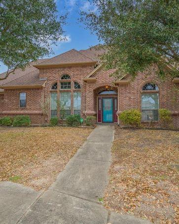 109 Monarch Court Waxahachie, TX, 75165