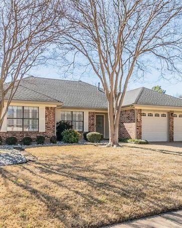 547 Kessler Street Grand Prairie, TX, 75052