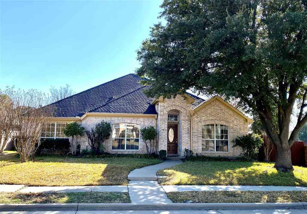 3916 Rolling Hills Drive, Plano, TX, 75025,