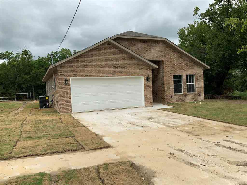 4915 Lee Street, Greenville, TX, 75401,