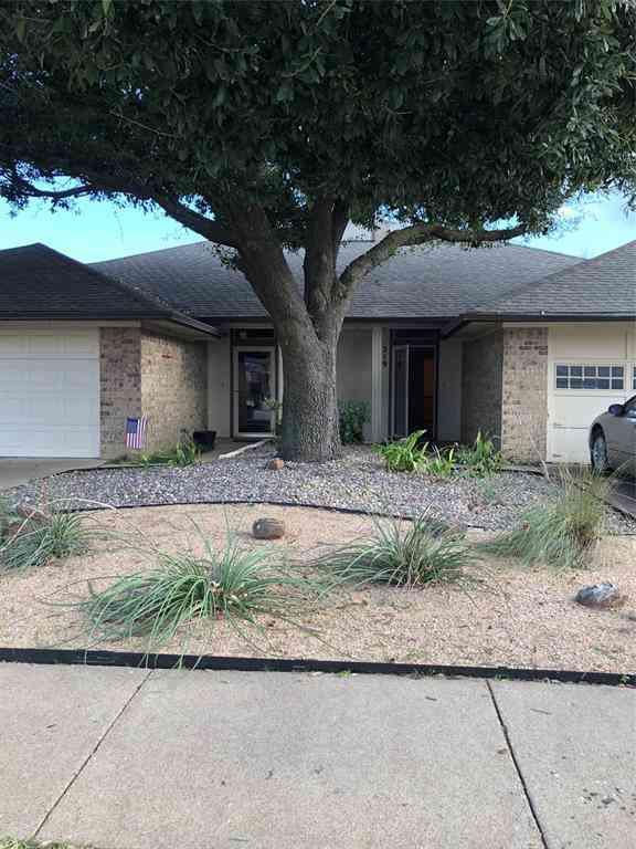 219 Mountainview Drive, Hurst, TX, 76054,