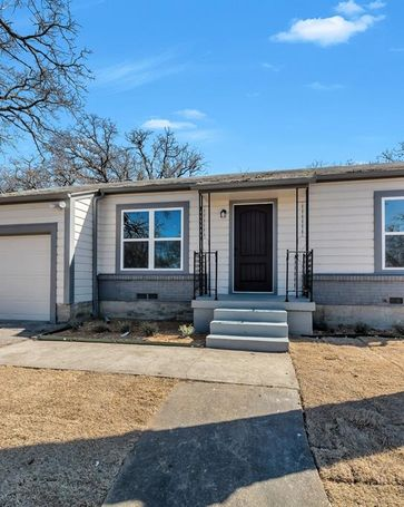 2217 Sturges Drive Fort Worth, TX, 76112