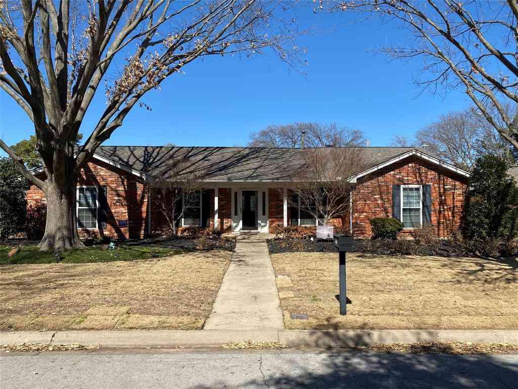 216 Circleview Drive S, Hurst, TX, 76054,