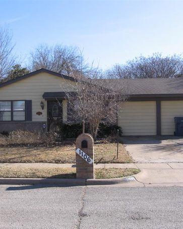 1106 Lourock Street Garland, TX, 75040