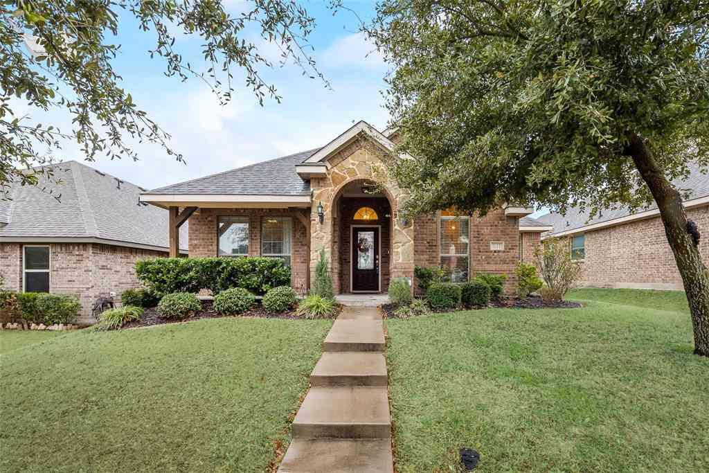 121 Brook Hollow Lane, Red Oak, TX, 75154,