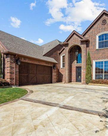 4804 Ridge Circle Benbrook, TX, 76126