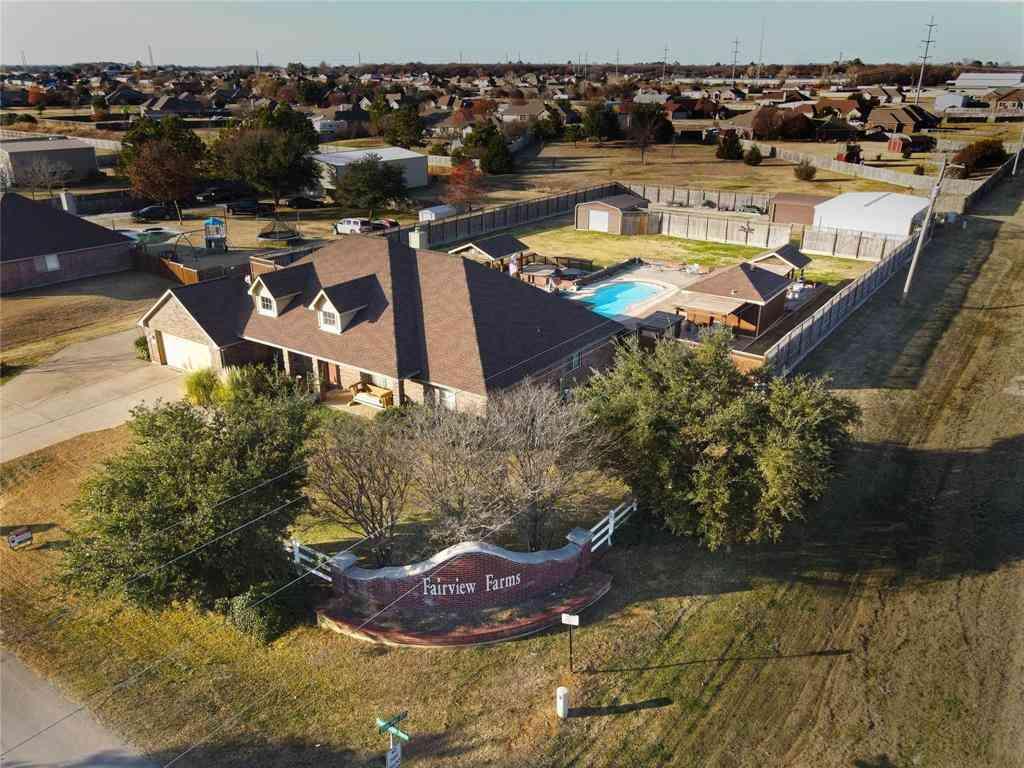 855 Sherry Lane S, Krugerville, TX, 76227,