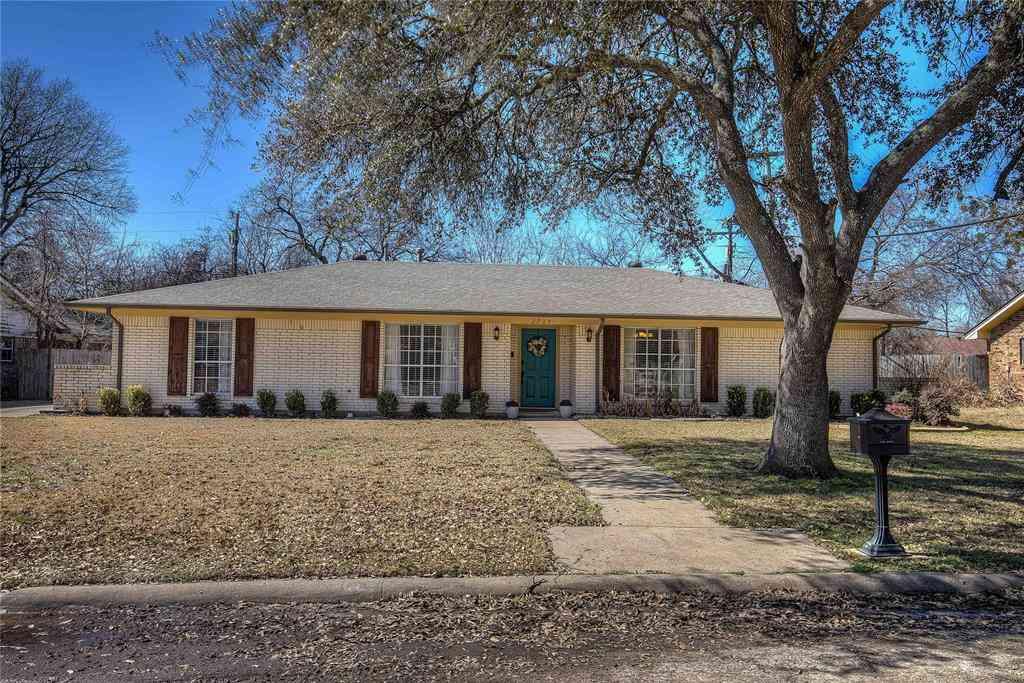 2715 Marshall Street, Commerce, TX, 75428,