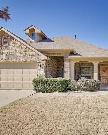 781 Red Elm Lane Fort Worth, TX, 76131