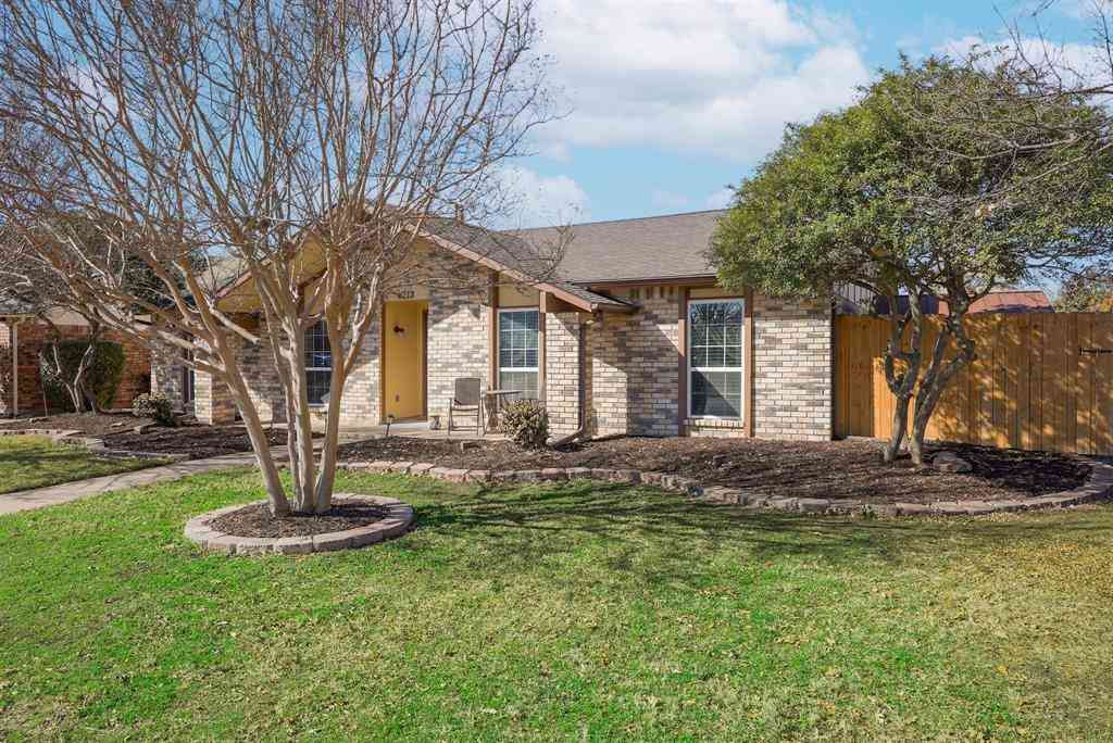 6213 Blair Oaks Drive, The Colony, TX, 75056,