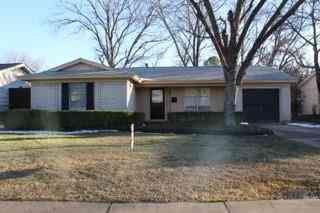 129 W Cober Drive, Grand Prairie, TX, 75051,