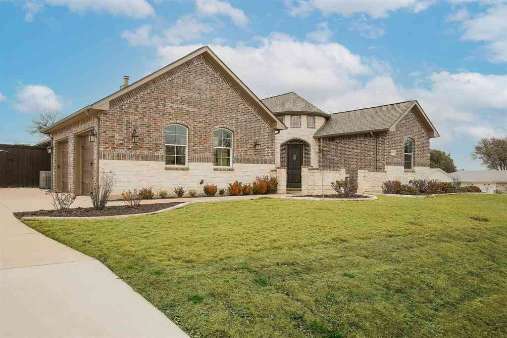 635 Woodcrest Lane, Lakewood Village, TX, 75068,