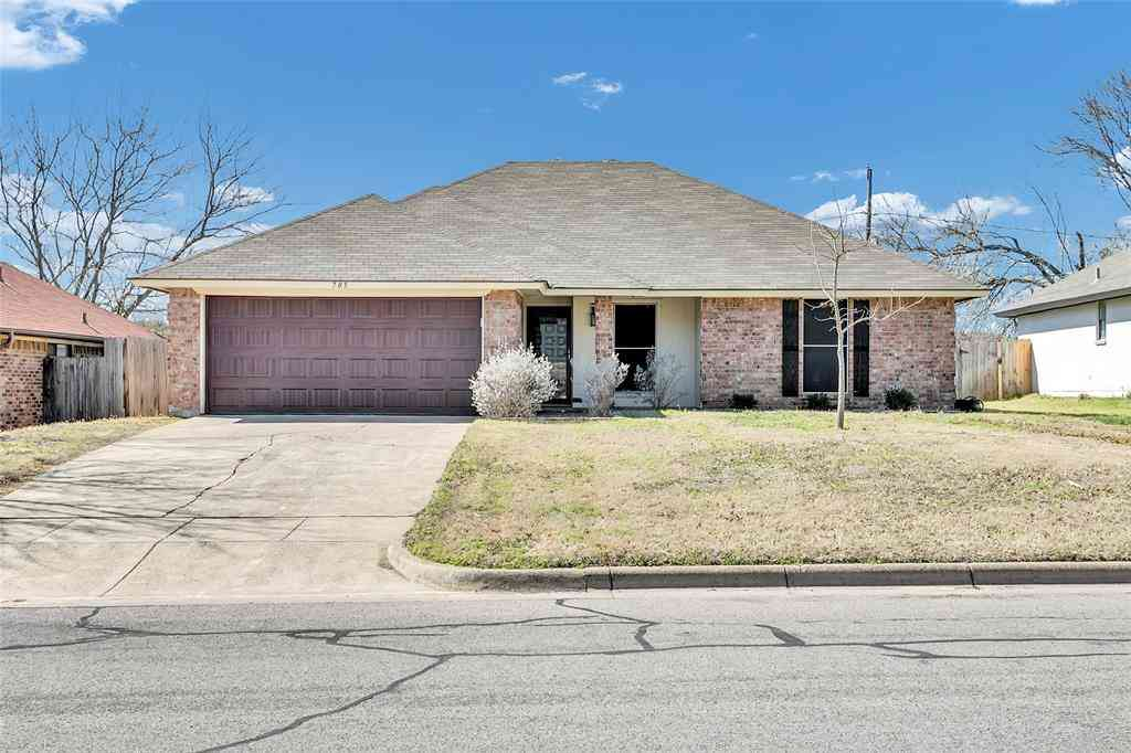 705 Parkview Drive, Burleson, TX, 76028,
