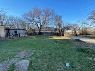 1515 E Peach Street, Fort Worth, TX, 76102,