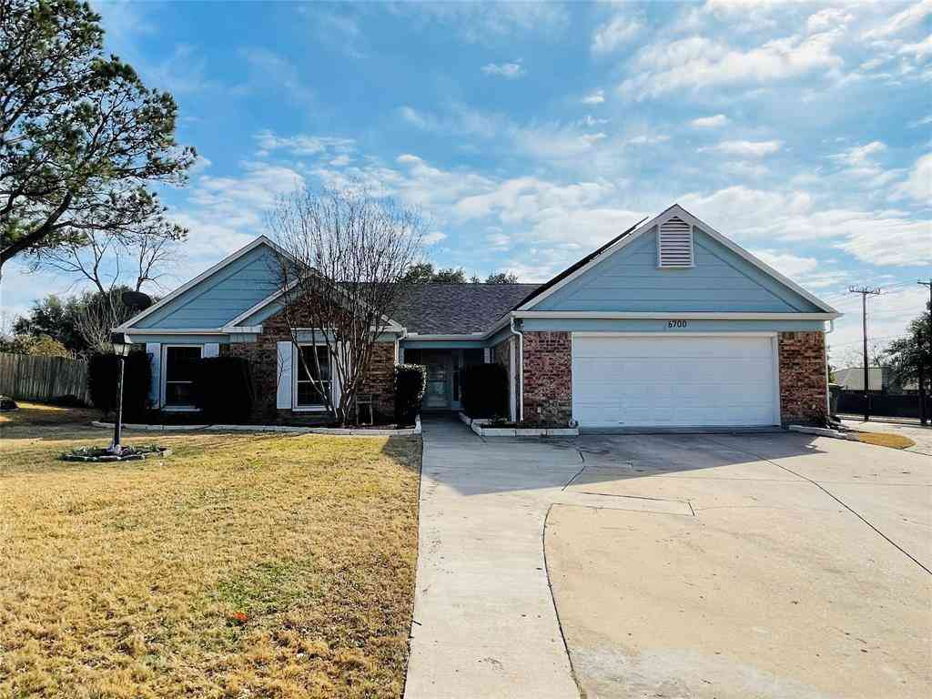 6700 Fair Oaks Drive, North Richland Hills, TX, 76182,