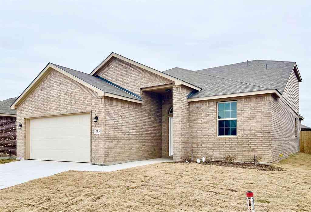 313 Lead Creek Drive, Fort Worth, TX, 76131,
