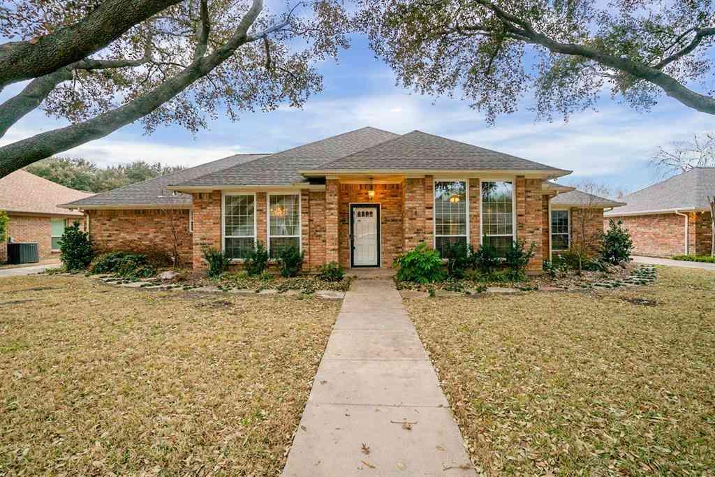 4204 Lake Breeze Drive, Benbrook, TX, 76132,