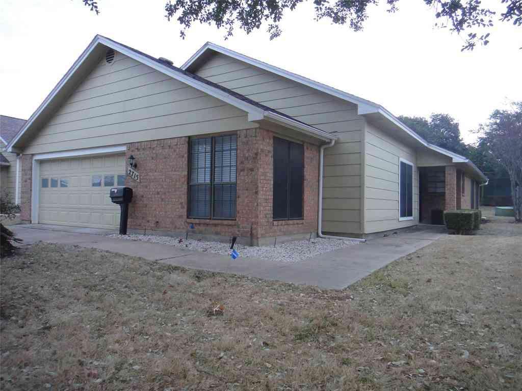 2715 Glenwood Court, Carrollton, TX, 75006,