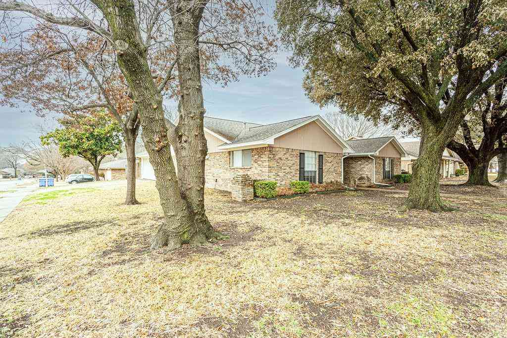 5801 Mark Lane, Rowlett, TX, 75089,