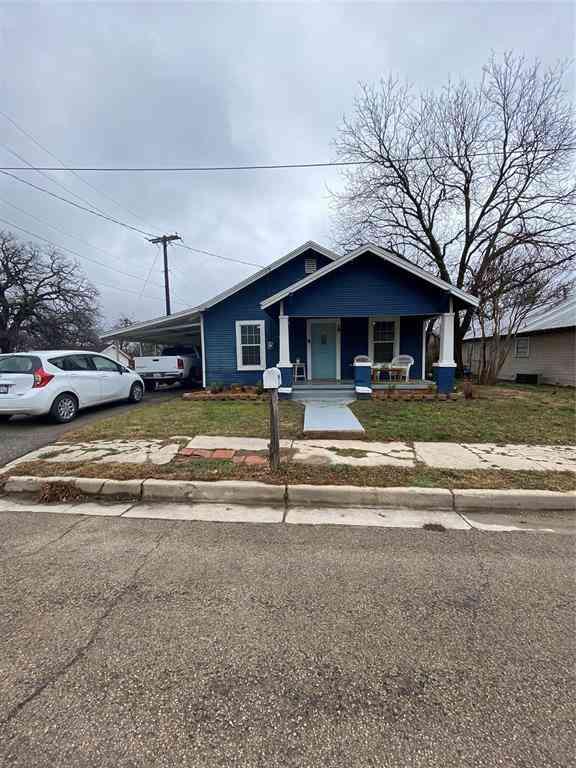 416 N Brazos Street, Weatherford, TX, 76086,