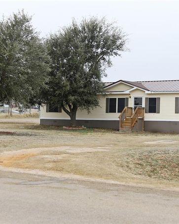 106 Hilltop Meadows Drive Springtown, TX, 76082