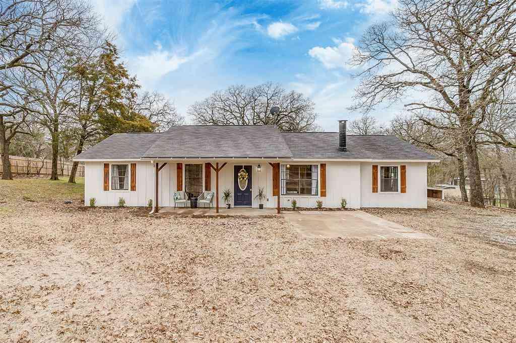 3905 Hidden Lake Court, Alvarado, TX, 76009,