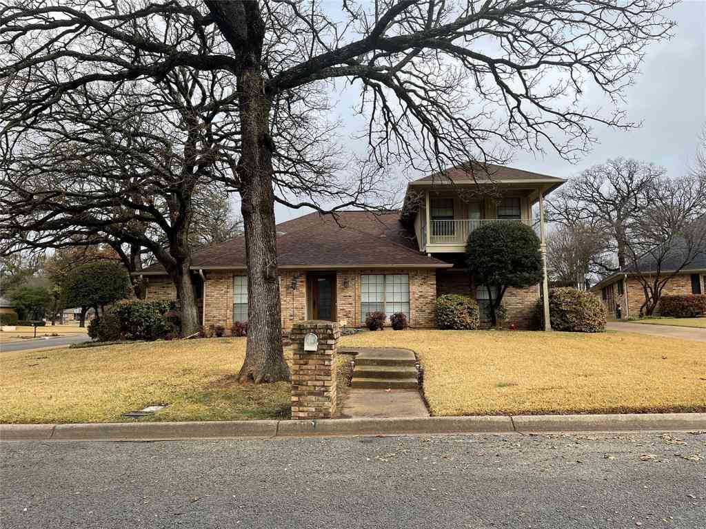 1020 Chasemore Court, Mansfield, TX, 76063,