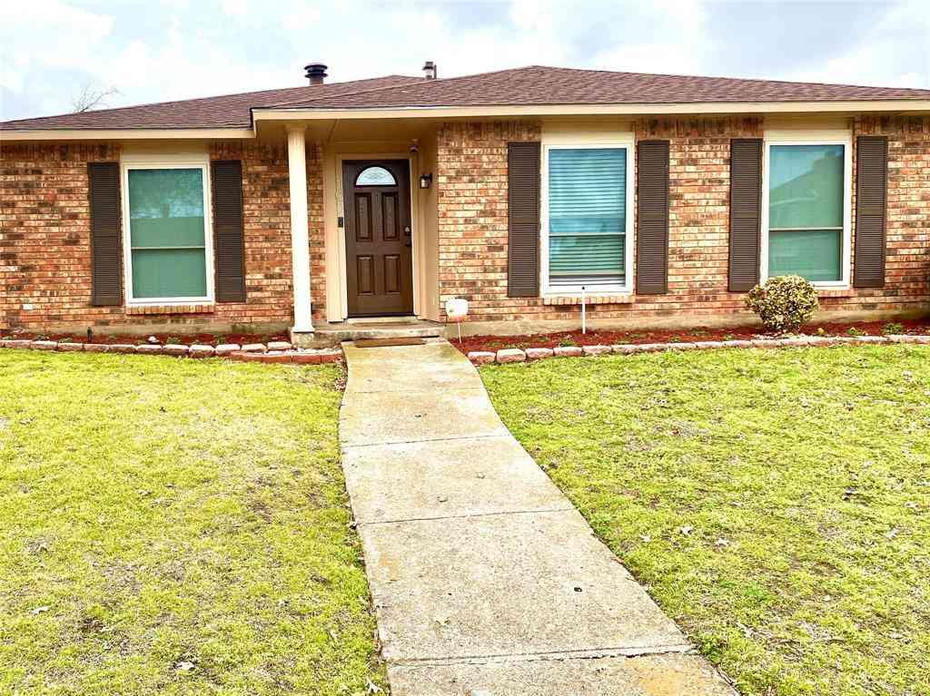 107 S Young Boulevard, Desoto, TX, 75115,