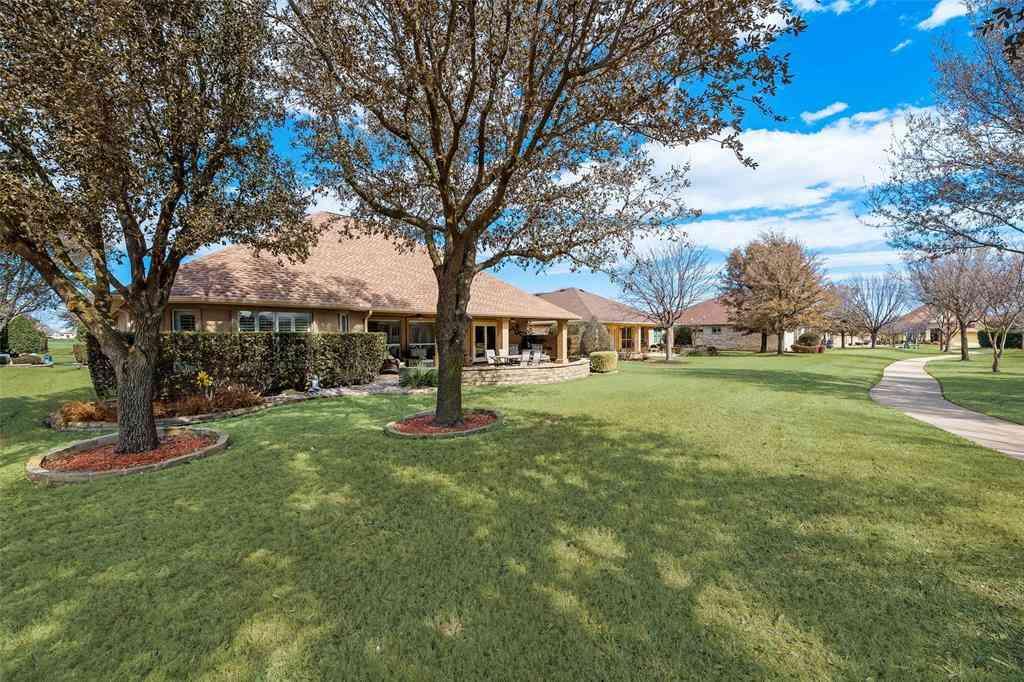 8813 Crestview Drive, Denton, TX, 76207,