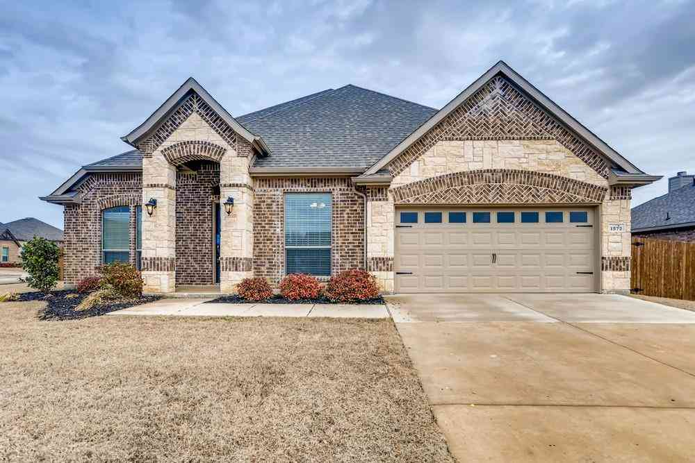 1572 Country Crest Drive, Waxahachie, TX, 75165,