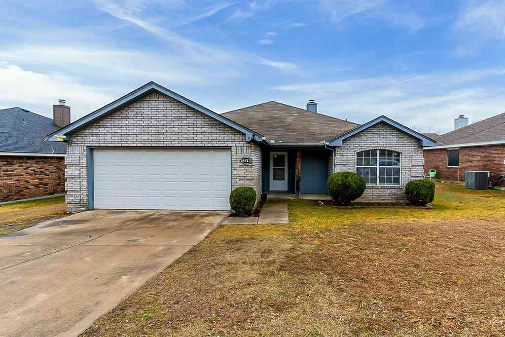 4813 Saint Thomas Place, Fort Worth, TX, 76135,